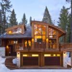 Blue Moose Lodge in winter