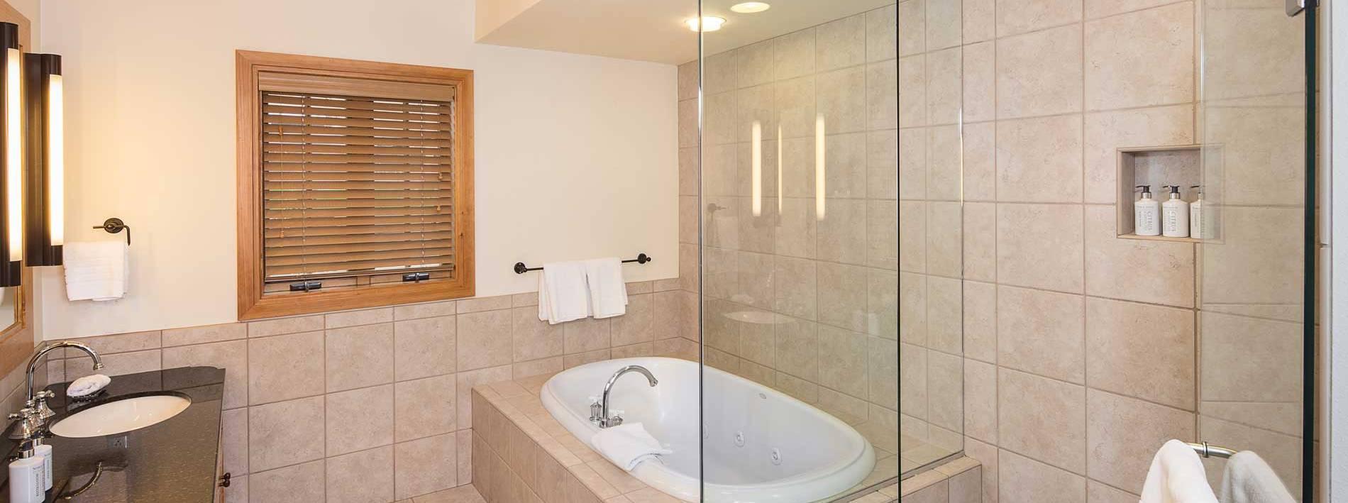 Sweetwater Bathroom.
