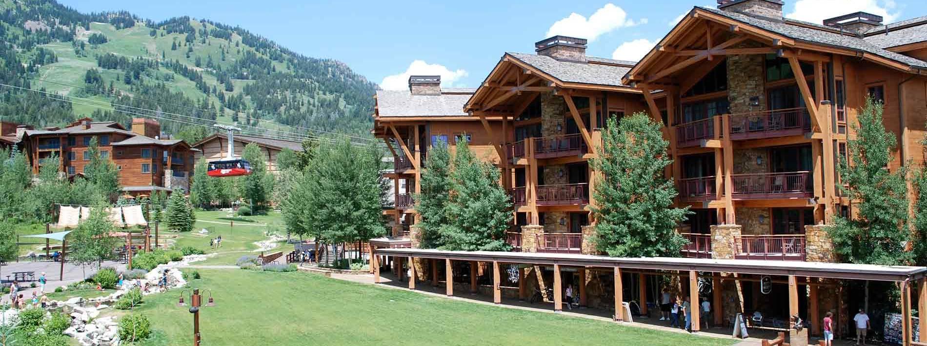 3285 West Village Drive #302,Teton Village,Wyoming,3 Bedrooms Bedrooms,3.5 BathroomsBathrooms,Private Home,3285 West Village Drive #302 ,1003